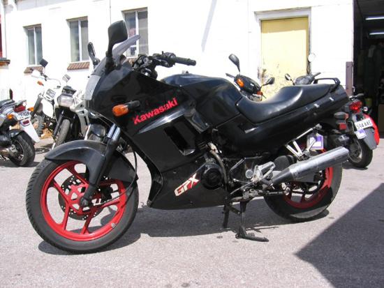 Kawasaki Gpx  Wrecking